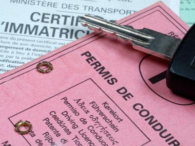 Assurance auto Le permis de conduire en ligne